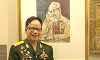 Le peintre-invalide de guerre Lê Duy Ứng