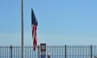Premier drapeau américain hissé à Cuba depuis 54 ans
