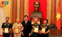 Le chef de l'Etat reçoit des anciens combattants de deux divisions héroïques