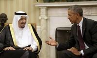 Barack Obama et le roi d'Arabie affichent leur entente en dépit des tensions