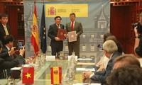 Le Vietnam et l'Espagne signent un accord d'assistance judiciaire en matière pénale