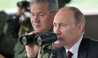 Poutine apprécie les premiers résultats des frappes aériennes russes en Syrie