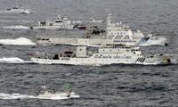 Deux  bateaux chinois dans les eaux territoriales des Senkaku
