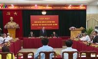 Nguyen Thien Nhan rencontre des anciens membres du comité de mobilisation des intellectuels