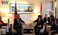 Truong Tan Sang rencontre des parlementaires allemands et le maire de Berlin