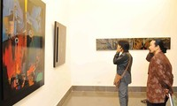Remise des prix du concours «la République de Corée vue par les peintres vietnamiens»