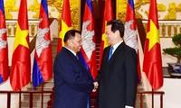 Le président du Sénat cambodgien reçu par Nguyen Tan Dung