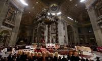 Le pape François prêche un retour aux valeurs essentielles pour Noël