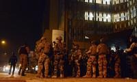 Burkina Faso : 126 otages libérés, un autre assaut toujours en cours