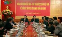 Truong Tan Sang à l'Université nationale de Hanoi