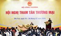 Nguyen Tan Dung : La compétitivité nationale dépend du régime administratif
