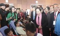 Nguyen Thi Doan ouvre la fête Printemps rose
