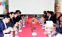 Le président Truong Tan Sang achève sa visite en Tanzanie
