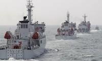 Trois bateaux chinois dans les eaux des îles de Senkaku