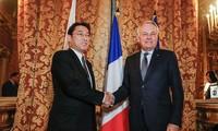 Le Japon et la France protestent contre tout acte unilatéral en mer Orientale