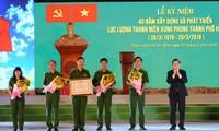 Truong Tân Sang au 40ème anniversaire des forces de jeunes volontaires de Ho Chi Minh-ville