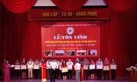 Hanoï honore les donneurs de sang