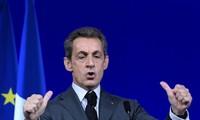 Sarkozy annonce sa candidature à la présidentielle de 2017