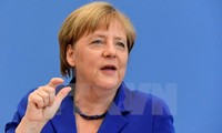 Brexit: Merkel veut que Londres dépose une demande