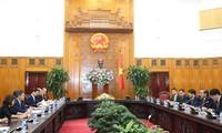 Entretien Trong Hoa Binh et le gouverneur de la préfecture d'Aichi au Japon