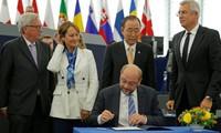 """Le Japon entend ratifier l'Accord de Paris """"dès que possible"""""""