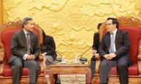 Hoang Binh Quan reçoit le ministre singapourien des Affaires étrangères