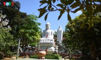 La pagode Thiên Ân lors de la Vassa