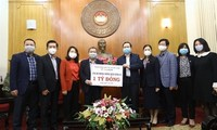 Remise des aides au ministère de la Santé pour lutter contre la pandémie