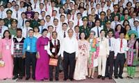 Le Premier ministre rencontre 200 personnes exemplaires du secteur de la Sensibilisation auprès de la population