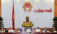 Perdana Menteri Vietnam Nguyen Tan Dung memimpin sidang periodik Pemerintah.