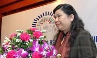 Wakil Ketua Majelis Nasional Vietnam, Tong Thi Phong melakukan kontak bilateral di sela-sela AIPA-33.