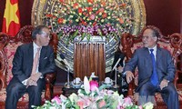 Ketua Majelis Nasional Vietnam, Nguyen Sinh Hung menerima Duta Besar Jepang, Tanizaki Yasuaki