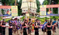 Satu eksperimen untuk mengkonservasikan tata ruang budaya gong dan bonang  daerah Tay Nguyen