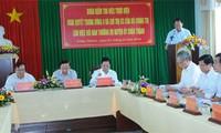Rombongan kerja Polit Biro melakukan kunjungan kerja di provinsi Tien Giang