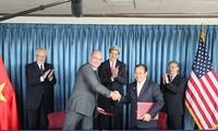 Menlu Amerika Serikat, John Kerry: Vietnam mempunyai potensi untuk menjadi mitra dagang besar dari Amerika Serikat di kawasan