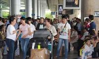 Pertemuan dengan para diaspora Vietnam yang pulang kembali di kampung halaman untuk menyambut Hari Raya Tet - 2014