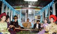 Pernah pada satu masa lagu rakyat Hue menyambungkan dengan daerah Vietnam Tengah