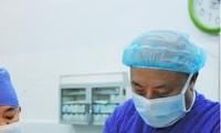 Pelopor dalam menerapkan metode baru dalam bedah tulang punggung