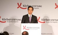PM Nguyen Tan Dung: Semua sengketa kedaulatan harus ditangani dengan langkah damai