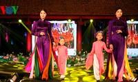 """Kecantikan kaum wanita Vietnam melalui """"Baju Ao Dai kita"""""""