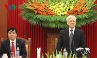 Sekjen Nguyen Phu Trong: Membangun badan usaha menjadi kuat demi kepentingan Tanah Air dan rakyat.