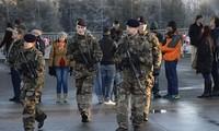 Al Qaeda menggertak melakukan serangan-serangan baru di Perancis