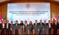 Merealisasikan mekanisme kerjasama ekonomi seluruh kawasan