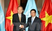 Pembukaan pameran foto tentang hubungan Vietnam-PBB