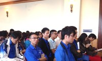 Pengurus Besar Liga Pemuda Komunis Ho Chi Minh memberikan sumbangan pendapat terhadap naskah dokumen Kongres Nasional ke-12 PKV
