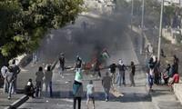 Israel memblokade jalan keluar-masuk di kota Hebron