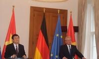 Pembicaraan tingkat tinggi Vietnam-Jerman