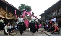 Warna-warnia Hari Raya Tet dari etnis-etnis minoritas daerah pegunungan