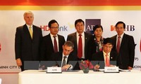 ADB membantu aktivitas bantuan keuangan perdagangan di Vietnam