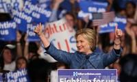 "Kandidat capres H.Clinton dan D.Trump mencapai kemenangan besar dalam ""Super Tuesday"" ke-2"